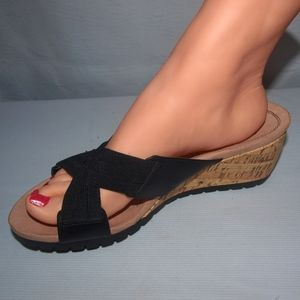 "Life Stride Sandals ""Normal"" Wedge Size 8.5W"